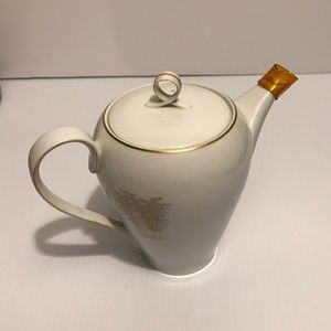 VINTAGE FUKAGAWA ARITA HAND PAINTED TEA POT